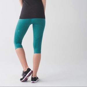 Lululemon In The Flow Crop II Legging